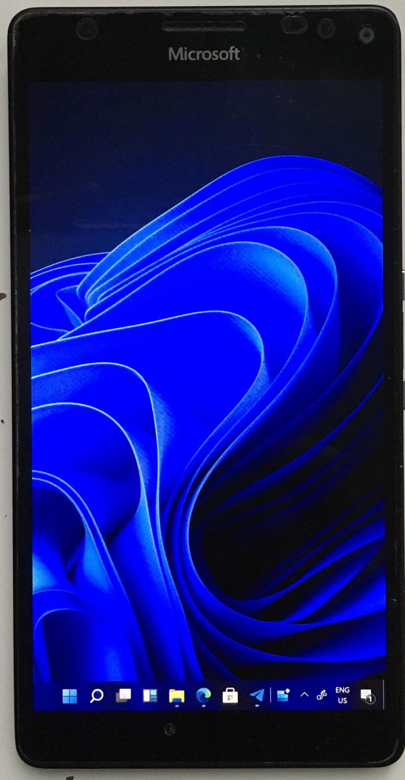 微软 Lumia 950 XL 刷入 Win11 新进展:支持全新电话拨号器